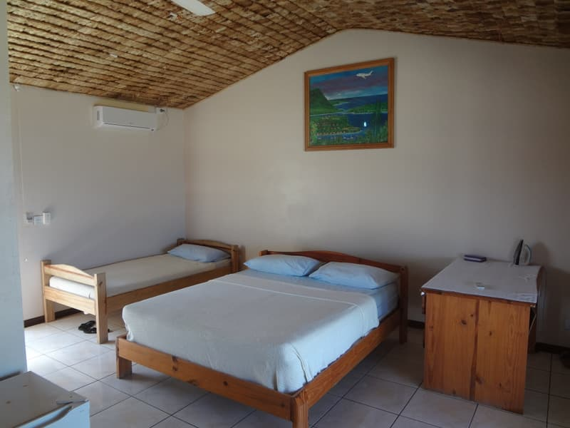 crystal blue lagoon resort turtle bay port vila accommodation